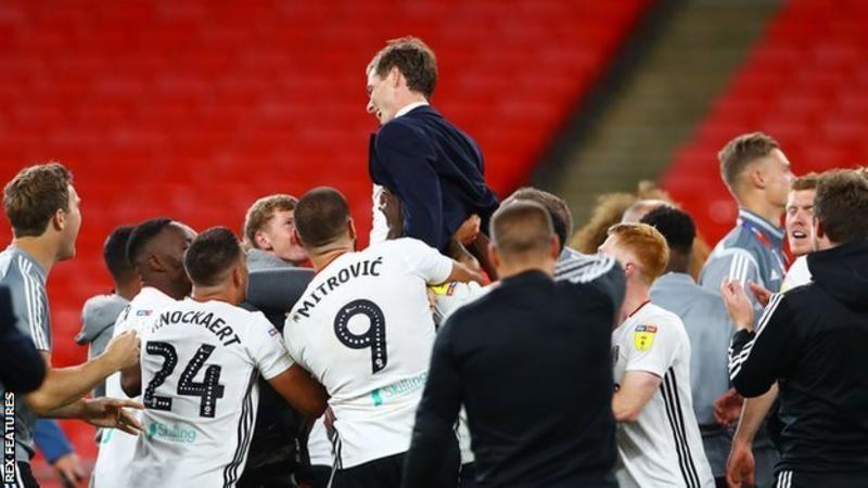 Фулхем виграв просування в Прем'єр-лігу, перемігши Брентфорда з рахунком 2: 1 у фіналі плей-офф Уемблі в серпні.<br>